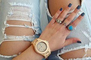 Holzarmbanduhr für Damen